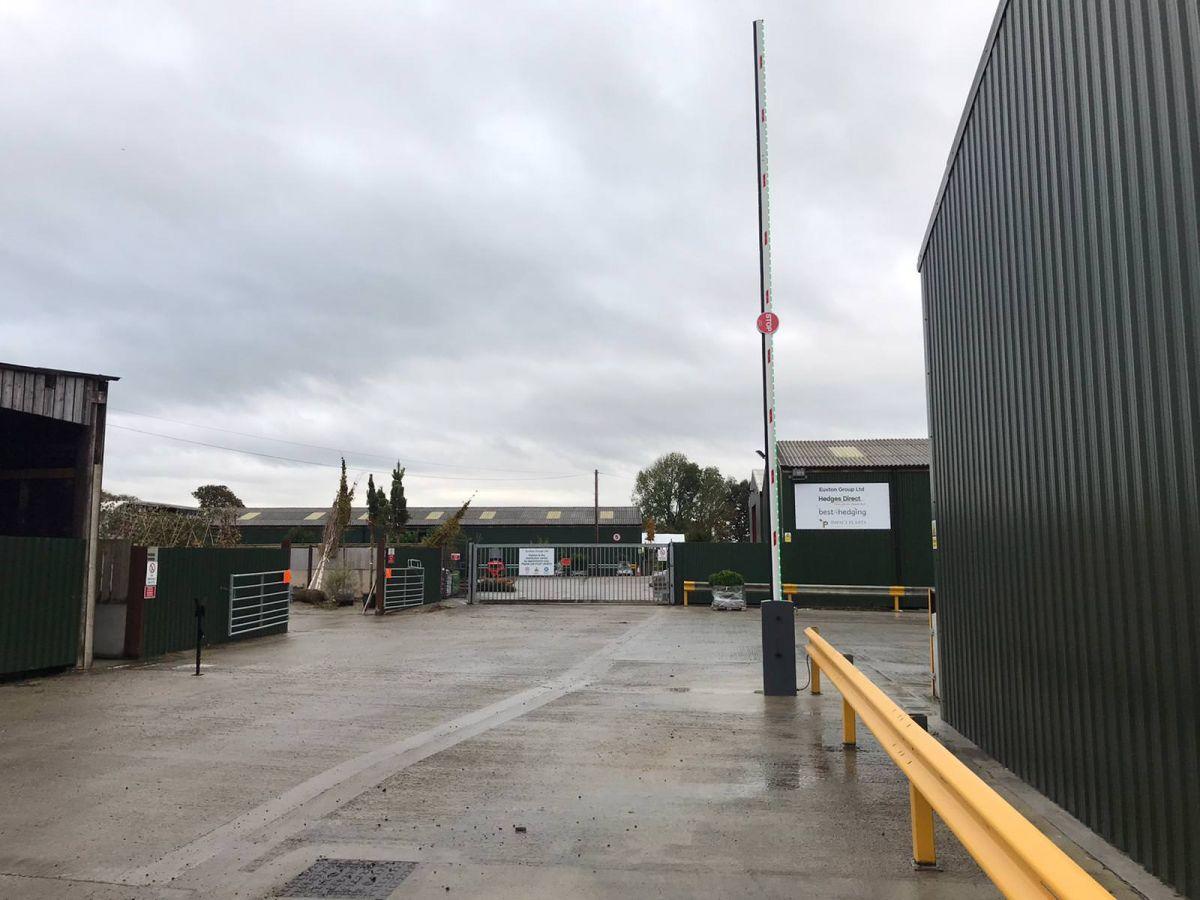 HD 8M Barrier